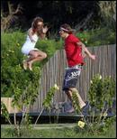 http://i2.turboimagehost.com/t/228633_mary-kate-olsen-trampoline-stavros-3.jpg