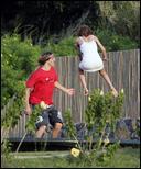 http://i2.turboimagehost.com/t/228635_mary-kate-olsen-trampoline-stavros-5.jpg